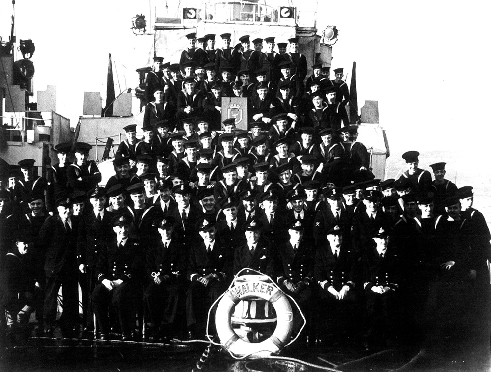 HMS Walker Ship's Company (trew as CO)